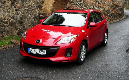 Mazda3 Test_Yeni Mazda3 Test_Mazda Test_Mazda3 Kampanya_otomobiltutkunu_2012_Yeni Mazda_Otomobil Test_Lansman_Finans_Mazda