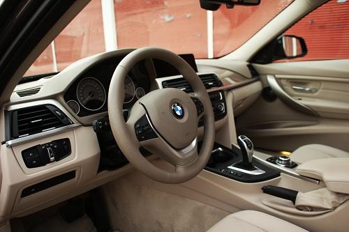 BMW 328i_BMW 328i Test_BMW 3 serisi_BMW 328 Resimleri_BMW 328 Foto_BMW 328_BMW 328i ozellikleri_otomobiltutkunu