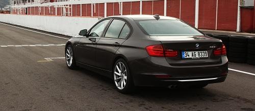 BMW 328i_BMW 328i Test_BMW 3 serisi_BMW 328 Resimleri_BMW 328 Foto_BMW 328_BMW 328i ozellikleri_otomobiltutkunu_Yeni BMW_Son Model BMW_Premium otomobiller_Borusan Otomotiv_BMW 3 Series_New BMW