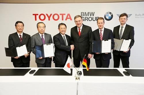 BMW Norbert Reithofer_Toyota Akio Toyoda_otomobiltutkunu
