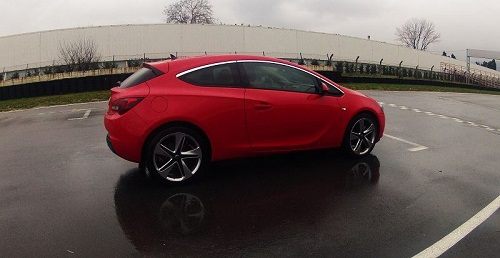 Yeni Opel Astra GTC_spor coupe_Opel Astra GTC_Astra Test_GTC Test_Opel Astra Test_otomobiltutkunu