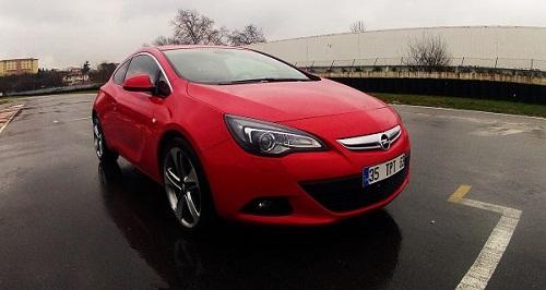 spor coupe_Opel Astra GTC_Astra Test_GTC Test_Opel Astra Test_otomobiltutkunu