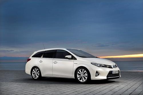 Yeni  Toyota Auris Touring Sports_otomobiltutkunu_Toyota Auris Test