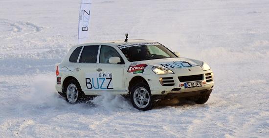 BUZZ-Porsche_2013_Buzz Driving Akademi_otomobiltutkunu