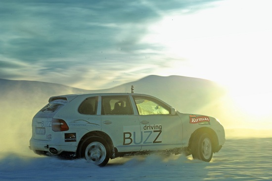 Buzz Driving Akademi_otomobiltutkunu_BUZZ