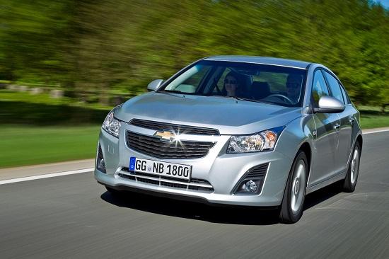Chevrolet Cruze sedan_otomobiltutkunu