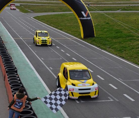 VOLKICAR_Volkicar_otomobiltutkunu_V2 Challenge 2013_VOLKAN ISIK AKADEMI