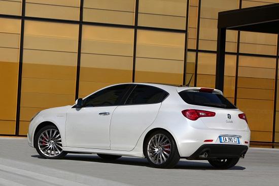 Alfa Romeo Giulietta_otomobiltutkunu_Alfa Romeo Giulietta Test