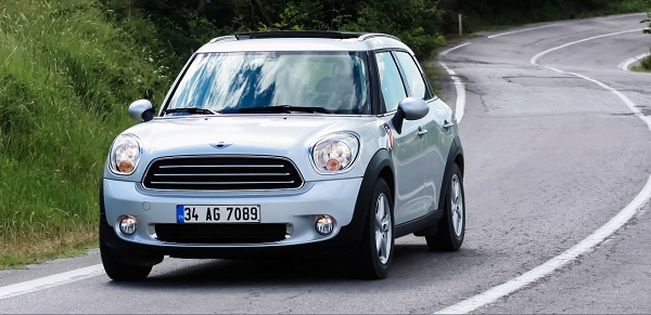 MINI Cooper D Countryman_MINI Cooper D Countryman Test_MINI Cooper Pictures_MINI Cooper Photo_MINI Cooper Images_Mini Cooper Pictures_Mini Cooper Car Photos_otomobiltutkunu (2)