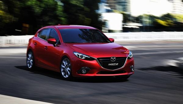 Mazda3_Hatchback_Yeni Mazda3_Yeni Mazda3 Test_Yeni Mazda3 Pictures_Yeni Mazda3 Image_otomobiltutkunu_Yeni Mazda3 Özellikler_Yeni Mazda3 2013