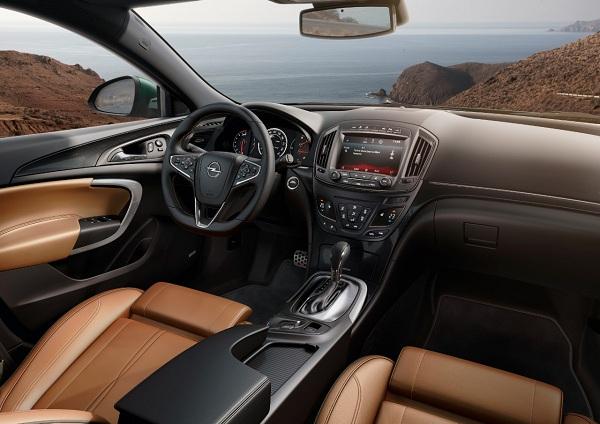 Yeni Opel Insignia_otomobiltutkunu_Opel Insignia Test_Yeni Opel Insignia Test_2013 Insignia