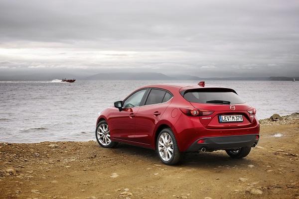 Mazda3_2013_Mazda_Route3_Vladivostok_04_otomobiltutkunu_Mazda3 Test_Mazda3 Haber_Yeni Mazda3 Test