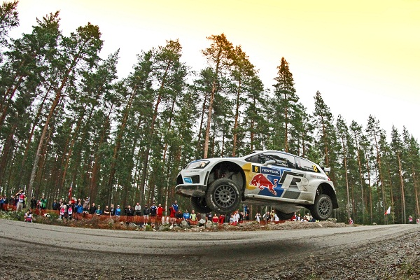 AUTOMOBILE: Rally du Finland  - WRC - 31/07/2013 2013-Neste-Oil_Volkswagen-Motorsport_Polo-R-WRC_otomobiltutkunu_Michelin