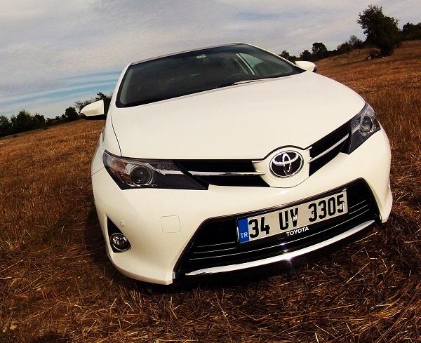 Toyota Auris Test_Toyota Auris 1.6 Valvematic Multidrive S_Yeni Auris Test_Dizel Otomatik_otomobiltutkunu_Auris Premium_test sürüşü_yeni Auris yakıt tüketimi_Auris yakıt tüketimi_otomobiltutkunu