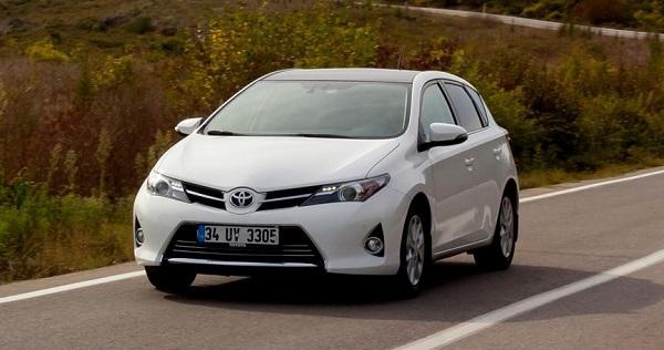 Toyota Auris 1 6 Premium Multidrive S Test Otomobiltutkunu Com