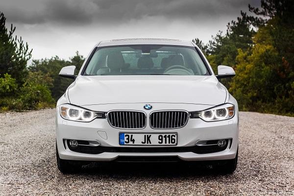 BMW 320i Test_Borusan Otomotiv_otomobiltutkunu_BMW 320i EDTest_BMW 320 Test_BMW Photo_BMW Pictures
