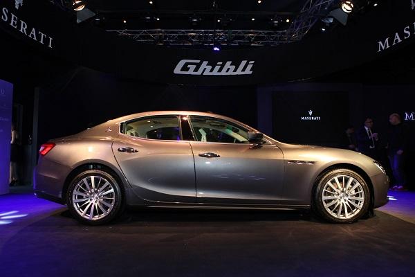 Maserati Ghibli_Maserati_Ghibli_otomobiltutkunu