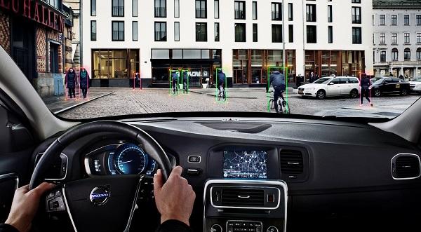 Volvo Yaya Algılama_Volvo_otomobiltutkunu_bernaylafem
