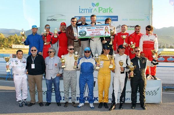 Ülkü Motorsport_Borusan Otomotiv Motorsport_Loft Oil T-Max Racing Team_otomobiltutkunu