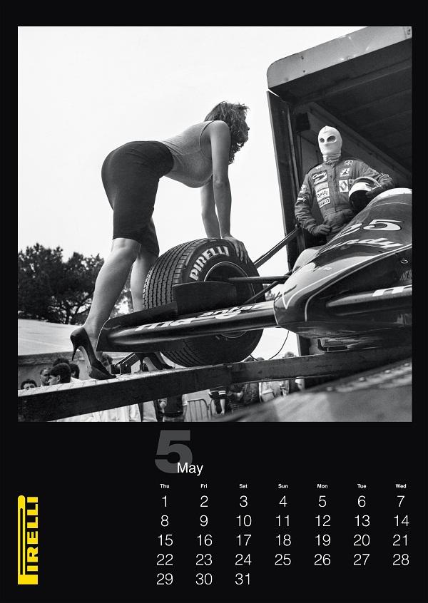 HelmutNewton_Pirelli-Takvimi_2014_Pirelli_Takvim_otomobiltutkunu_CALENDARIO_P_GABBIE_MASTER_01.indd