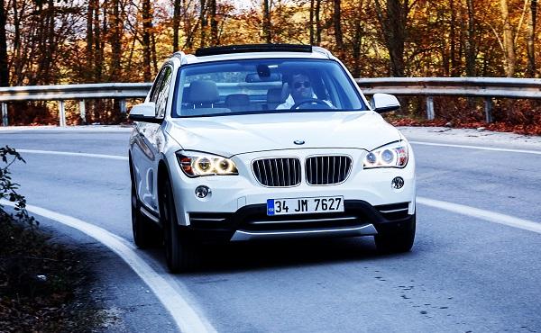 BMW X1 Test_BMW X1 Photo_BMW X1 Pictures_Borusan Otomotiv BMW Yetkili Satıcısı_Otomobiltutkunu_OFFROAD_BMW X1 Testfahrt_BMW X1 Technischen_BMW X1 sDrive16i