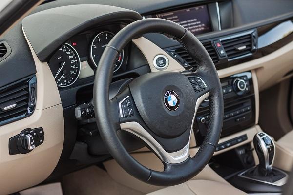 BMW X1 Test_BMW X1 Photo_BMW X1 Pictures_Borusan Otomotiv BMW Yetkili Satıcısı_Otomobiltutkunu_OFFROAD_BMW X1 Testfahrt_BMW X1 Technischen_New BMW X1