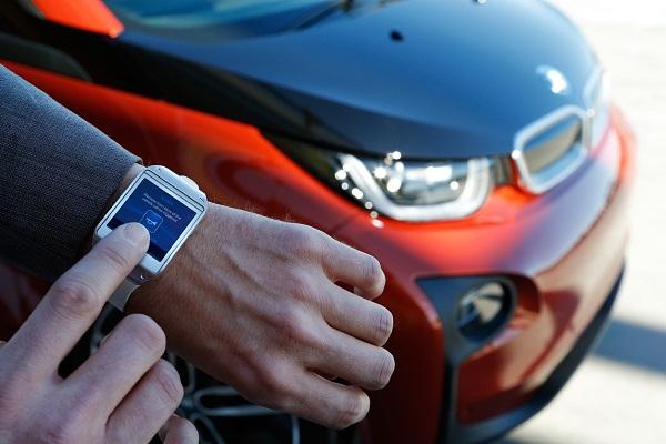 BMW i3 Samsung Galaxy Gear_Otomobiltutkunu_BMW i3 Test_Borusan Otomotiv