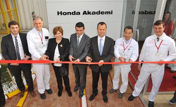Honda Akademi_Honda Otomobiltutkunu