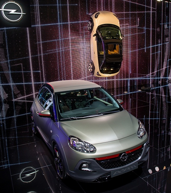 ADAM ROCKS_Opel Otomobiltutkunu