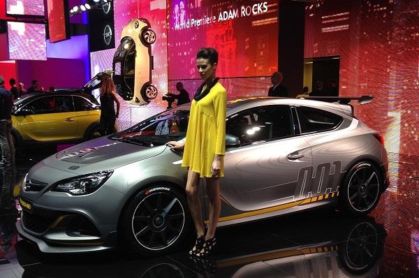 Astra OPC EXTREME_Geneva_Opel Otomobiltutkunu