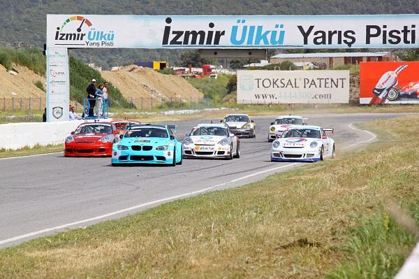İzmirPark_Otomobiltutkunu