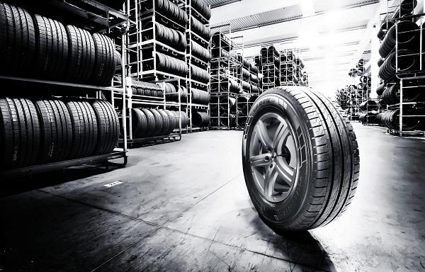 Pirelli_carrier_Otomobiltutkunu