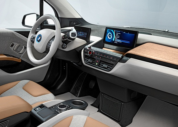 BMW i3_Otomobiltutkunu_2014 Automotive Interiors Expo