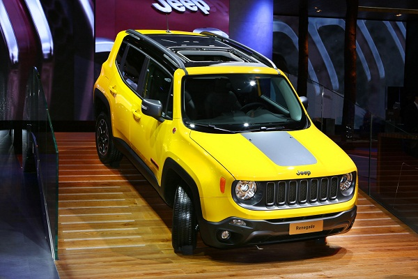 Jeep® Renegade_JEEP_RENEGADE_Jeep® RenegadeTrailhawk_OTOMOBiLTUTKUNU