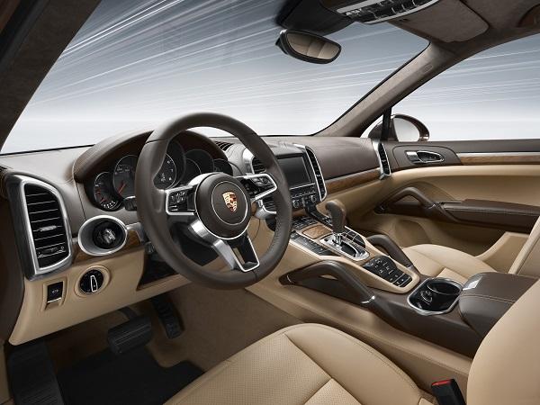 Interieur Cayenne Porsche_Cayenne_Cayenne-GTS_Otomobiltutkunu_Cayenne_GTS