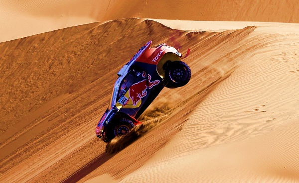 Dakar-Rally_Peugeot-Sport_Red-Bull_Total_Otomobiltutkunu 302 PETERHANSEL Stephane (Fra) COTTRET Jean paul (Fra) Peugeot action during the Dakar 2015 Argentina Bolivia Chile, Stage 4 / Etape 4 -  Chilecito to Copiapo on January 7th 2015 at Chilecito, Argentina. Photo Frederic Le Floch / DPPI