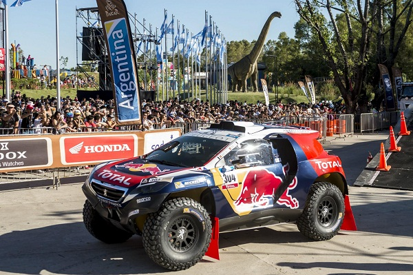 Dakar_Peugeot Sport_Red Bull_Total_Otomobiltutkunu_2015