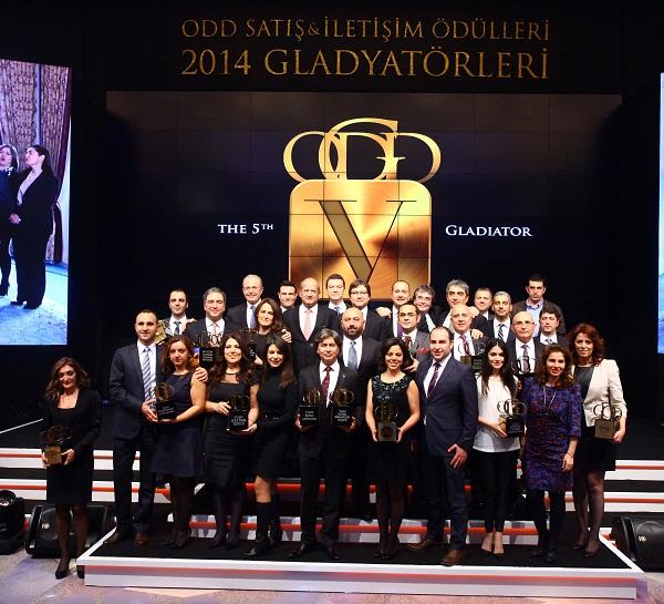 ODD Satıs ve iletisim odulleri 2014 Gladyatorleri_Otomobiltutkunu