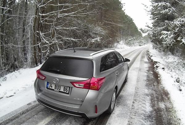Toyota Auris Touring Sports Test