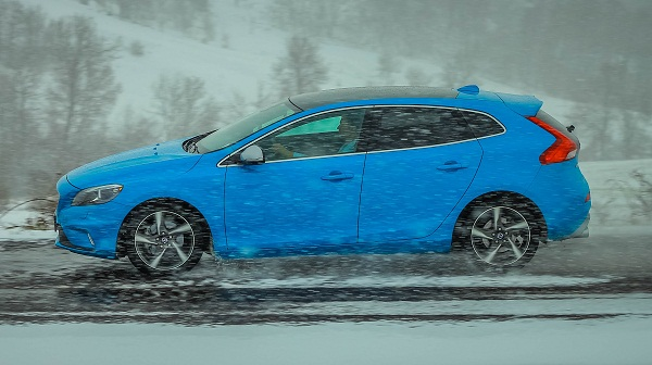 Volvo V40 Rdesign Test_VolvoTurkiye_Otomobiltutkunu