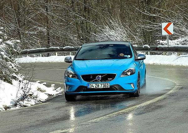 Volvo V40 T4 R-design Test_Otomobiltutkunu_Volvo V40_T4_Rdesign_Test_New Volvo