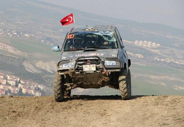 Mustafa Akin_Suat Kabal