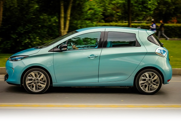 Renault ZOE_Elektrikli Otomobil_Renault__Zoe_Otomobiltutkunu