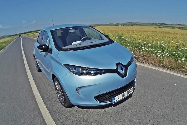 RenaultZoe_esarj_elektrikliarac_energy_Michelin-Energy_Renault-R-LINK_ZOE-ZEN