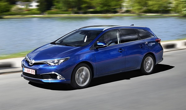 Yeni Auris Touring Sports