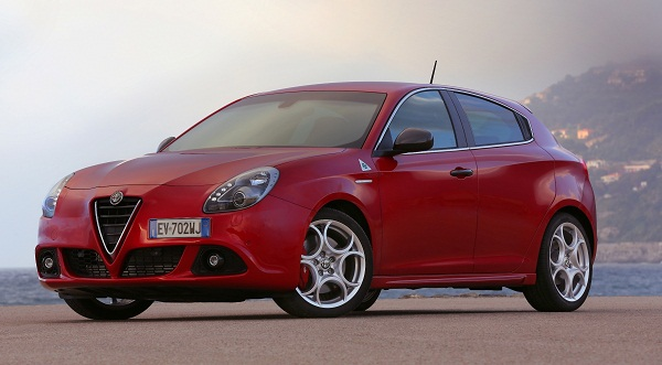 Alfa Romeo Giulietta Otomobiltutkunu