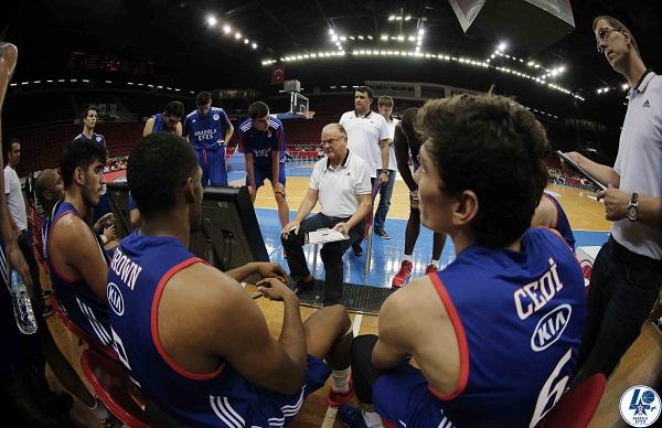 Basketball - Turkish Basketball - TUBAD Banvit Tournament - Game2 -  Anadolu Efes v Banvit
