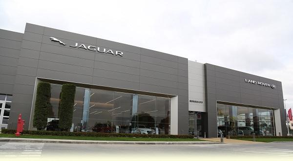 jaguar landrover showroom_otomobiltutkunu
