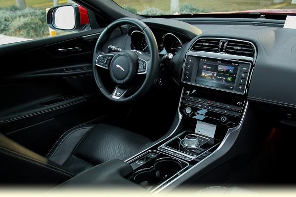 Jaguar XE Test_Otomobiltutkunu_BorusanOto Jaguar