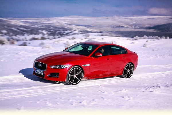 Jaguar XE Test_Otomobiltutkunu_Jaguar